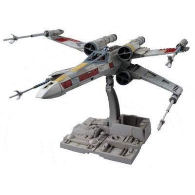 Star Wars - X-Wing Starfighter Plastic Model Kit - 1/72